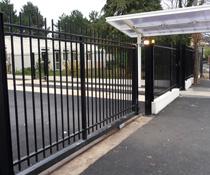 Pose d'un portail et installation d'une motorisation - collège Léon Blum de Villiers le Bel 95