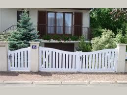 a2p tuquet portail en pvc blanc ajouré pour les particuliers, assorti au portillon