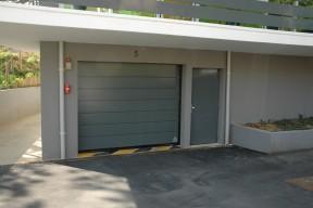 Pose et réparation Porte basculante pour collectivité dans le Val d'Oise